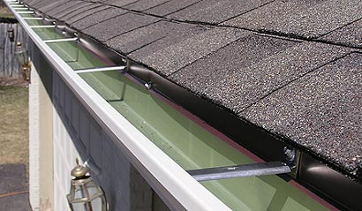 Seamless Gutter Attached